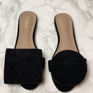 Black Sandals Geometric Shape - Rond Carre Style